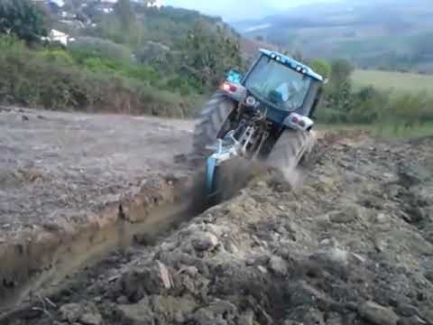 Deep plowing - LANDINI Vision 100 (power shuttle)   albania