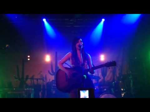 Kacey Musgraves - Biscuits (Live at Oxford Art Factory, Sydney)
