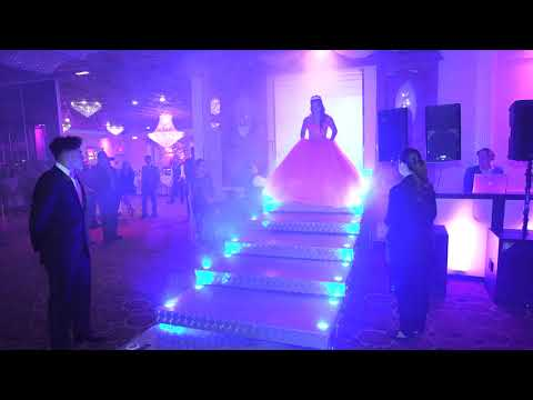 Expo Fashion Show long Quinceanera Sweet Sixteen weddings
