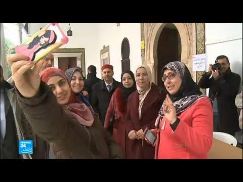مواقع التواصل الاجتماعي سبيل لحملة الانتخابات البلدية في تونس  - 12:22-2018 / 2 / 21