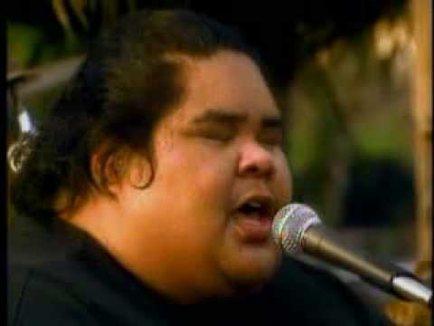 Israel Kamakawiwo Somewhere over the rainbow AMERICAN IDOL IZ SUPER STAR DIED...