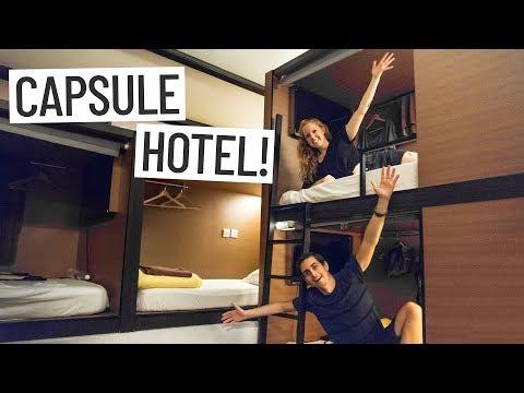 SINGAPORE CAPSULE HOTEL EXPERIENCE! – Asia Travel Vlog