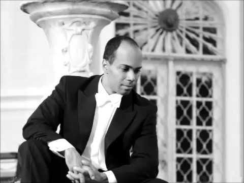 "Daniel Ochoa, Bariton - ""Es ist genug"" aus Mendelssohn-Bartholdys ELIAS"