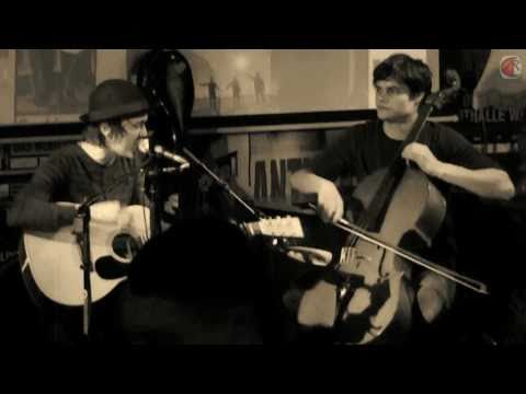 A Life, A Song, A Cigarette (Duo) - Change @ Clash 01/2011