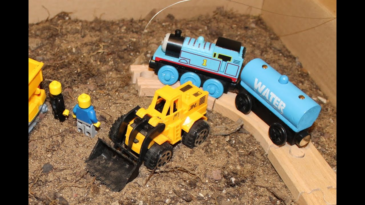 Thomas, Tractor, Truck, Train digging dirt for kids (with surprise ...