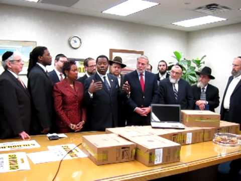 Orthodox Jewish Community Show Strong Support To Haitian's In Crisis Part 3