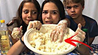 COCINANDO PIZZA con mi prima y mi hermano... pasa esto