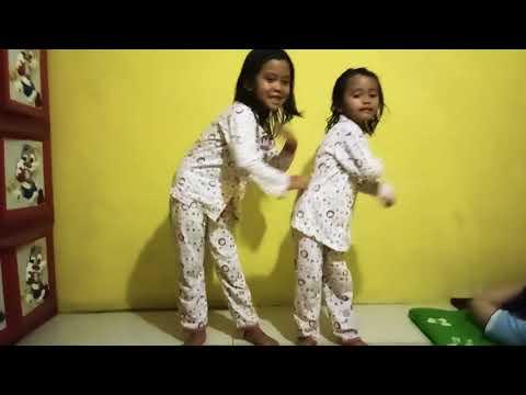 Ara Dan Silmi (jangan Ngambek Aja) - Romaria Songs