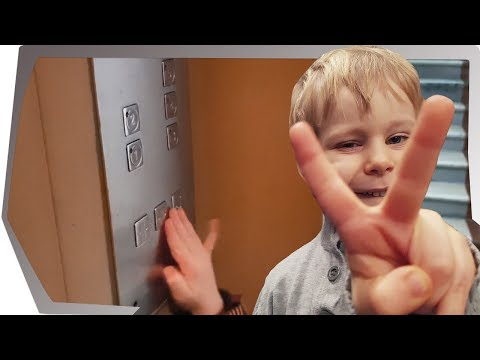 Обзор лифта - выпуск 9. Лифт КМЗ обзор. Приключения baby go show в лифте по улице Снежная 5 Москва