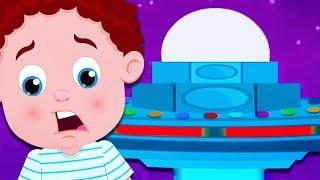 Aliens Who Befriend babies | Schoolies | Songs For kids