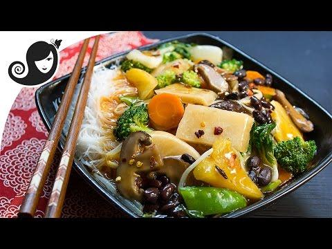 Chop Suey with Jicama (Chinese/Mexican Yam) and Black Beans (oilfree + vegan / vegetarian recipe)