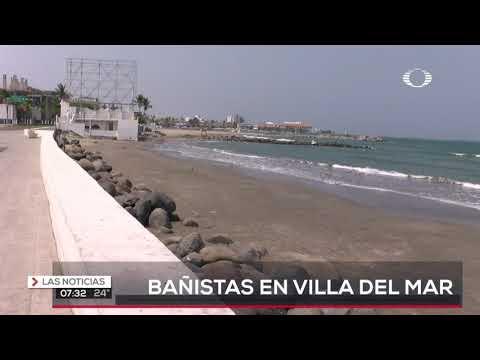Acuden bañistas en playa Villa del Mar
