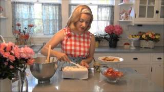 Icebox Cake: The Glamorous Housewife Cooks