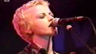 Watch Cranberries Waltzing Back video