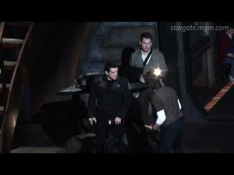 Stargate Universe - Shooting Style with Robert C. Cooper