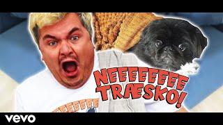 Casper - Ned Træsko [Official Video]