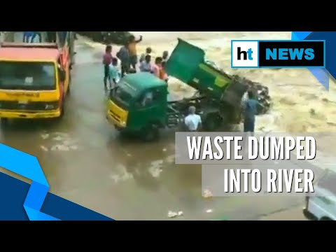 Watch: Waste dumped into river by town panchayat workers in Cuddalore district