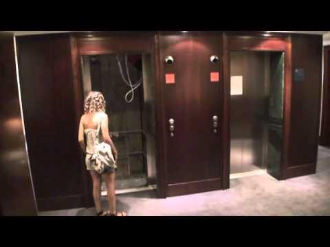 Hilarious Everest elevator (Rémi Gaillard)