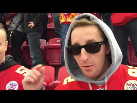 Chiefs fans upset with Alex Smith following game.