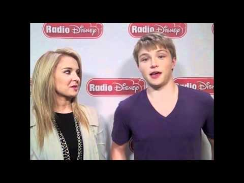 Tiffany Thornton & Sterling Knight HILARIOUS Lightning-Round Questions!