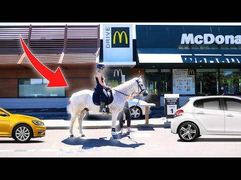Avec quels moyens de transport peut-on passer au McDrive ?