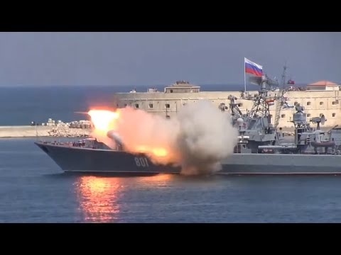 Ukraine War - Missile launch fails at Russian navy parade in annexed Crimea