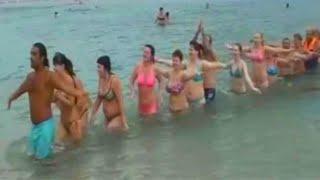 Аквааэробика для похудения.  часть 1. Water aerobics for weight loss. لتمارين الرياضية المائية