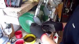 видео Маленькие хитрости: устраняем стук передних тормозных суппортов на Ланосе