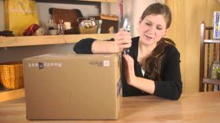 How to Cut Arm Holes in a Cardboard Box : Various Kids' Crafts