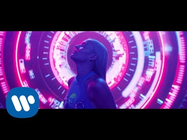 David Guetta feat Anne-Marie - Dont Leave Me Alone