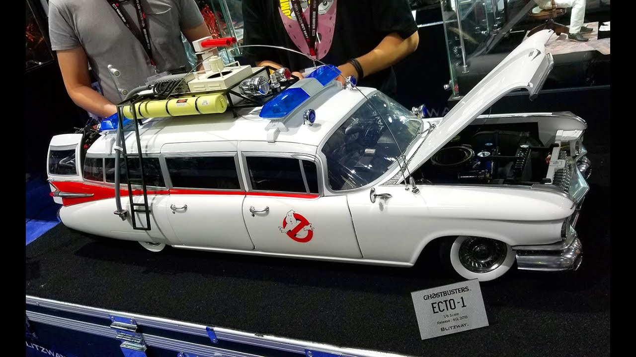 Roof Rack For Cars >> SDCC 2017 Blitzway 1/6 scale Ghostbusters Ecto-1 - YouTube