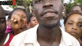 Repeat youtube video Watu waliowashuhudia wapenzi waliogandana wakipelekwa Temeke Hosp. wakizungumza
