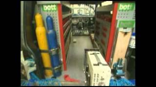 Bott Crash Test 2009 - Vario Van Racking And Van Shelving