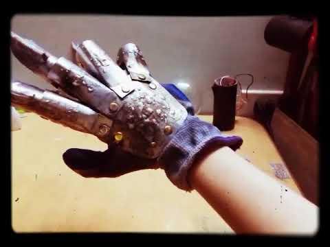 My metal Freddy Krueger glove
