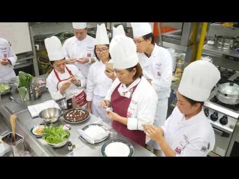บรรยากาศการเรียนการสอนหลักสูตรระยะสั้น อาหารไทย รุ่นที่ 6 | สัมภาษณ์ผู้เรียน