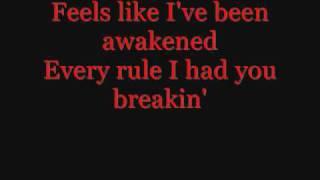 Beyonce - Halo + Lyrics Thumbnail