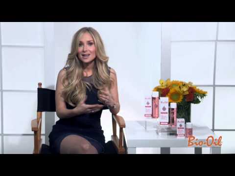 Dermatologist Dr. Bowe on the Uses of Bio-Oil