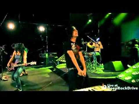 Eyes Set to Kill - Young Blood Spills Tonight (Live at DeepRockDrive)