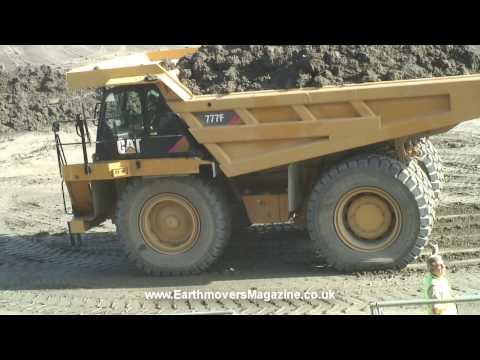 180-tonne Cat 777F dump truck emergency stop
