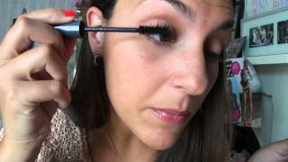 Simple Mascara Application Thumbnail
