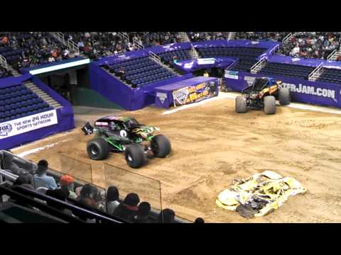 Greensboro Coliseum Monster Jam -Grave Digger Truck Freestyle Run 1/11/14