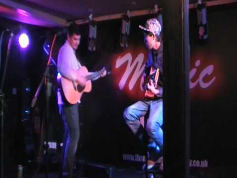 Seán McGowan - This Old Town at The Music Box Salisbury