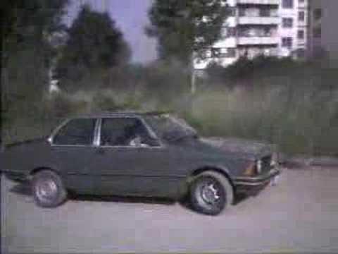 BMW e21 - Blur - Song 2