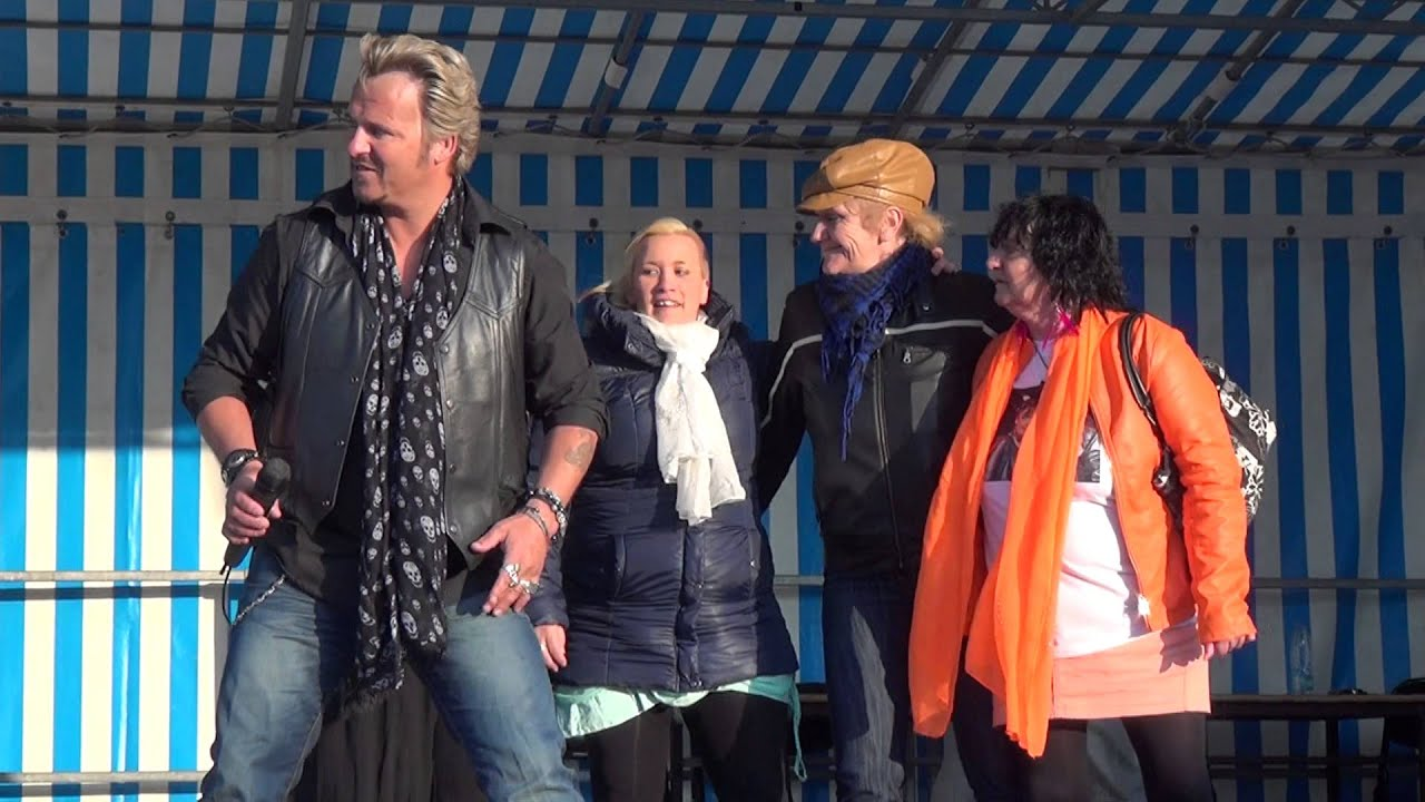 Johnny hallyday chant par johnny franck les portes du - Les portes du penitencier johnny hallyday ...