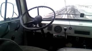 Машина едит без водителя(, 2015-02-13T05:27:29.000Z)