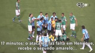 Kleber é expulso e sai hostilizado pela torcida do Palmeiras