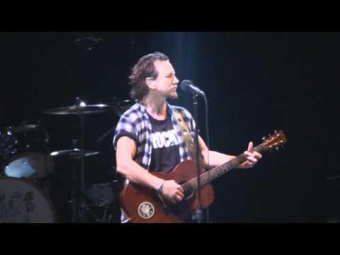 Pearl Jam - Just Breathe, Curitiba 09/11/2011