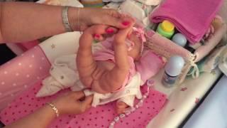 Silicone Baby  Lucy Poops / Silicone Baby Lucy wickeln/ Rollenspiel (Deutsch/German) Sabines Nursery