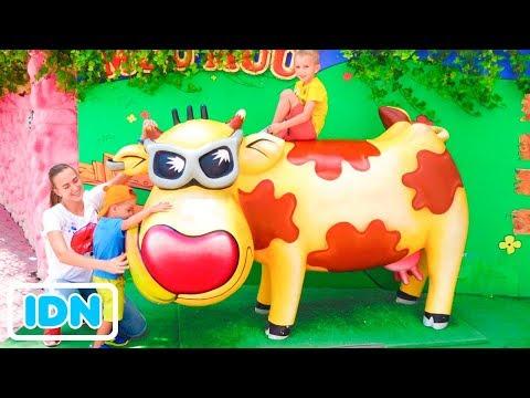 tempat-bermain-luar-ruangan-terbaik-untuk-anak-anak-waktu-bermain-lucu-di-theme-park-bersama-vlad