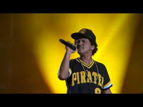 Bruno Mars - Treasure (Live at BottleRock Napa 2018)